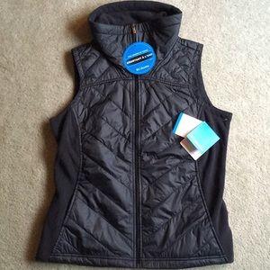 Columbia vest (NEVER WORN: tags still on)